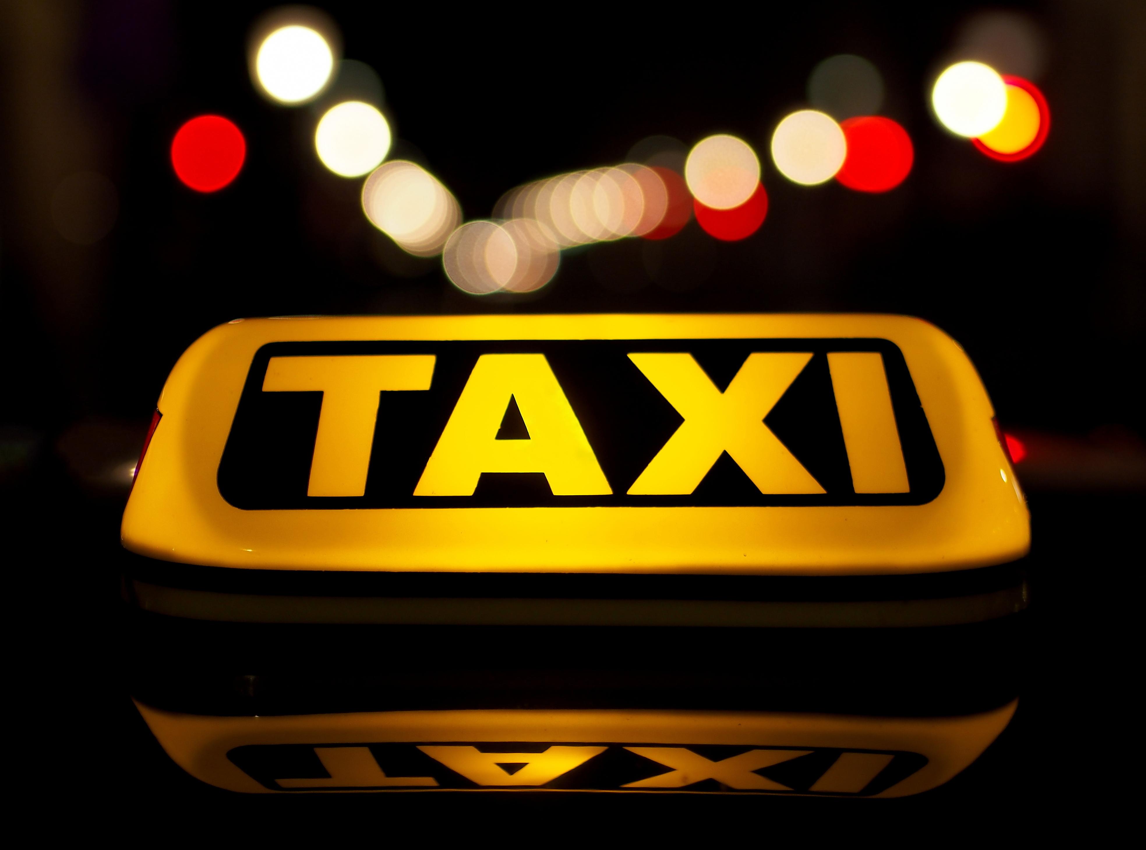 servizio taxi hotel Desenzano-Crippa NCC