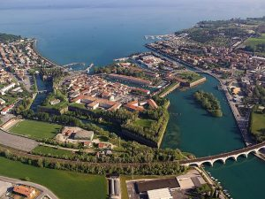 servizio transfer dall'aeroporto di Milano Bergamo Orio al Serio a Peschiera del Garda e Torbole